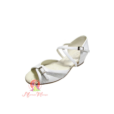 Бальне взуття для дівчаток