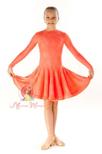 Рейтинговое платье с гипюром фото 1