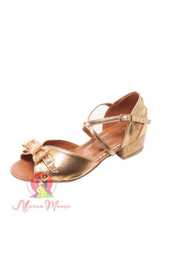 Дитяче взуття для танців