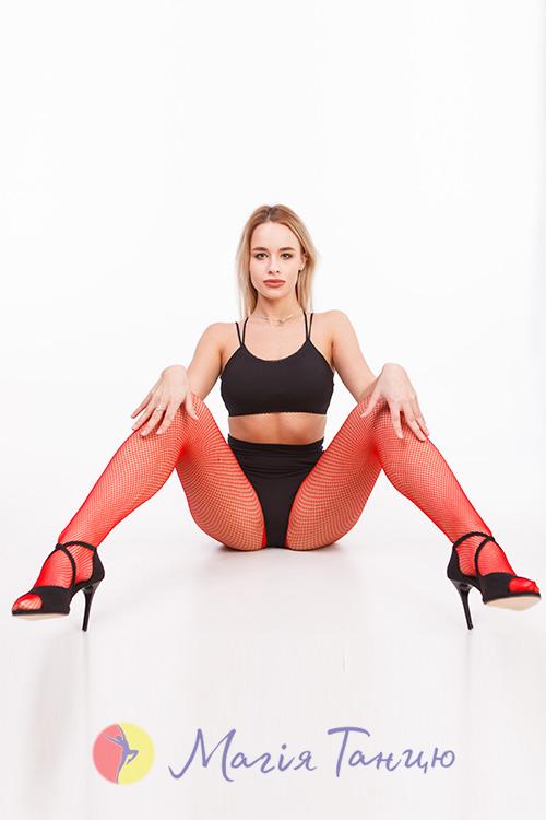 Колготы-сетка для танцев CABARET красные, Размер колгот: р. M/L,фото 4
