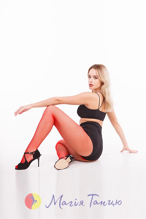 Колготы-сетка для танцев CABARET красные, Размер колгот: р. M/L,фото 5